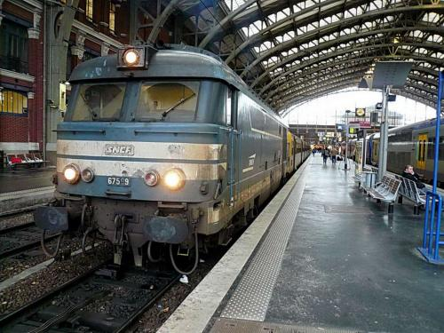 Photos au fil du rail Bb 67400 0006