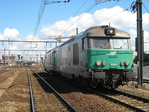 Photos au fil du rail Bb 67400 0015