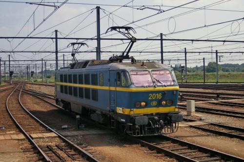 Photos au fil du rail Locomotives électriques SNCB NMBS doorrit 04