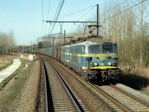 Photos au fil du rail Locomotives électriques SNCB NMBS doorrit 09