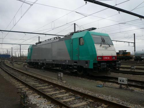Photos au fil du rail Locomotives électriques SNCB NMBS doorrit 20