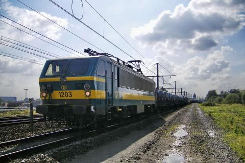 Photos au fil du rail type 12 sncb 020