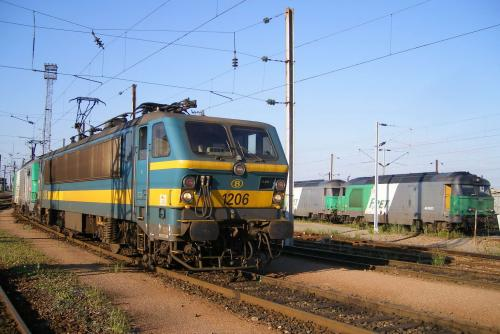 Photos au fil du rail type 12 sncb 021