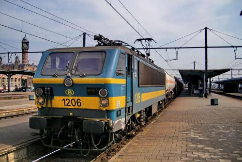 Photos au fil du rail type 12 sncb 023