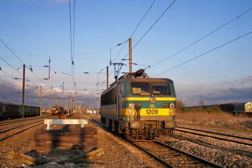 Photos au fil du rail type 12 sncb 031